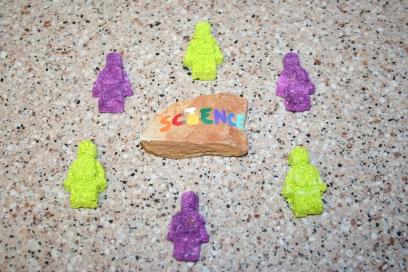 DIY Chalk from Eggshells (37)